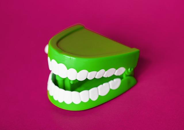 cvakací zuby.jpg
